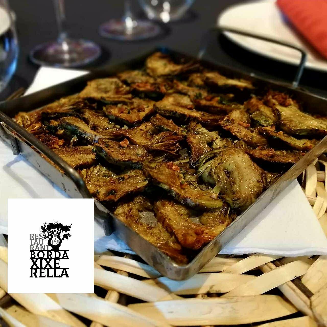 Bordes típiques Andorranes, Restaurant Borda típica Andorrana. La tradició i la gastronomia s'uneixen per oferir-vos un servei de qualitat i una exquisida cuina de muntanya. Visiteu les bordes d'Andorra, i en especial la Borda Xixerella i tasteu els plats més típics i tradicionals de la gastronomia Andorrana. Restaurant de cuina Andorrana, Mediterrània, Internacional i Espanyola plats elaborats amb el saber fer de les antigues receptes de la millor cuina de muntanya.Restaurant Borda Xixerella borda amb cuina de proximitat, mediterrania i de muntanya