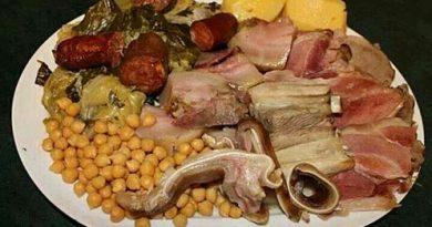 Todos los viernes hasta final de invierno en Borda Xixerella, te presentamos el plato estrella de Galicia. El delicioso cocido, el COCIDO GALLEGO hecho con los mejores ingredientes traídos directamente de Galicia.
