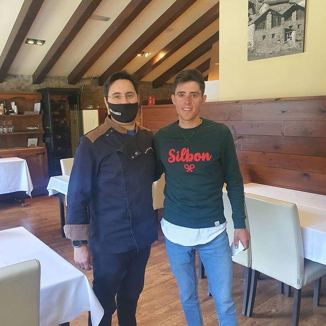 Avui ens han visitat reconeguts esportistes com Juan Pedro López (Lebrija,España,31 de juliode1997) es un ciclista españolmuy completo y combativo