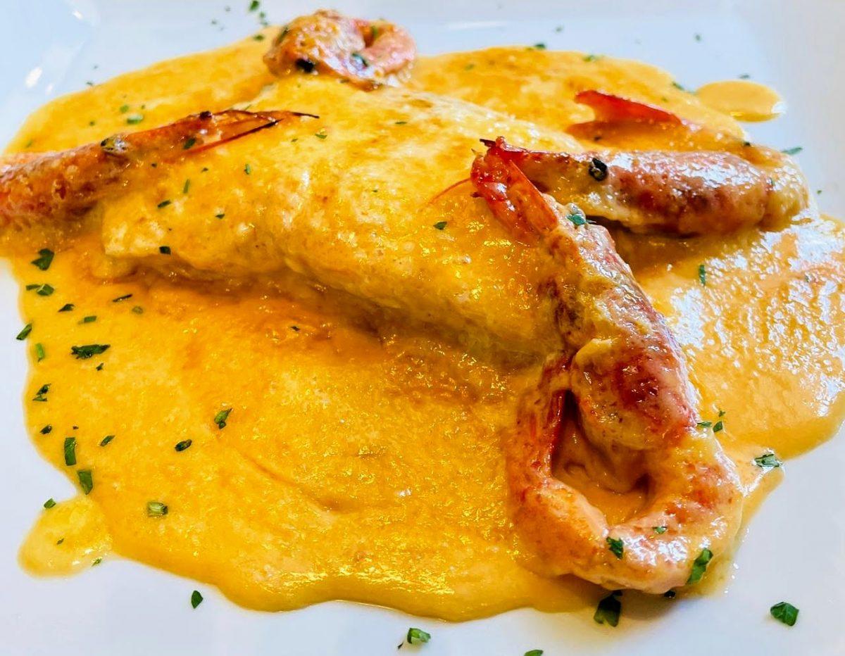 Alguns dels nostres plats, els caragols a la llauna, el bacallà fresc directe de Portugal o el salmó salvatge tots amb les millors salses saboroses i de textura especial fetes per al nostre xef, possiblement un dels millors xefs del Principat d'Andorra.