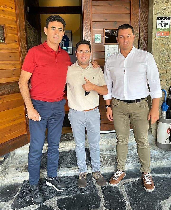Moltes gràcies per la vostra visita a la Borda Xixerella Ministre Jordi Gallardo i Conseller Raúl Ferré