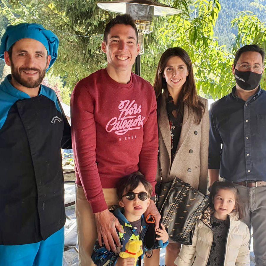 Gràcies, Aleix Espargaró i família per la visita a la nostra Borda. @aleixespargaro